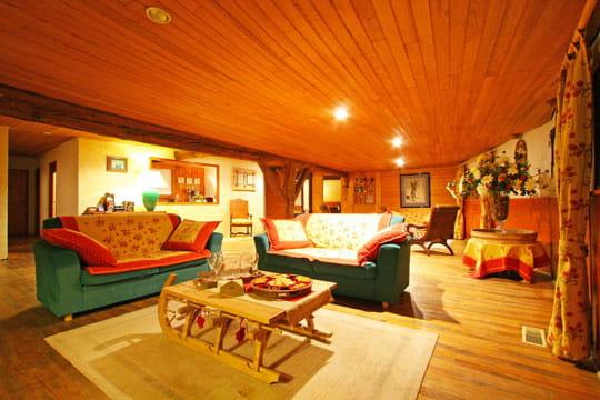 ambiance cosy empreinte du temps dans une maison. Black Bedroom Furniture Sets. Home Design Ideas