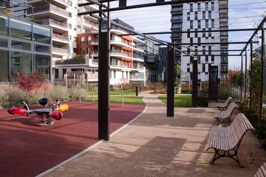 Un jardin pour tous balade dans les jardins abb pierre for Jardin pour tous