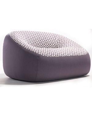 fa on fauteuil gonflable maxi fauteuils et mini canap s journal des femmes. Black Bedroom Furniture Sets. Home Design Ideas