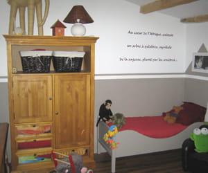 la chambre de ma l visitez la maison d 39 isabelle journal des femmes. Black Bedroom Furniture Sets. Home Design Ideas