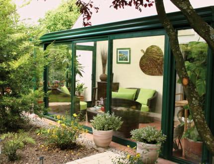 la nature au dedans vue sur la nature avec les v randas journal des femmes. Black Bedroom Furniture Sets. Home Design Ideas