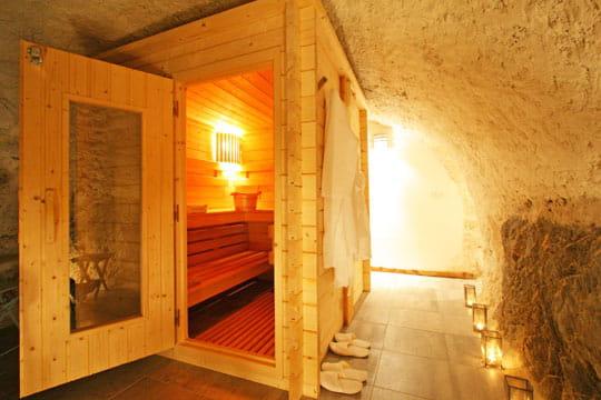 sauna a la maison elegant la maison du guil saunahammam with sauna a la maison trendy le sauna. Black Bedroom Furniture Sets. Home Design Ideas