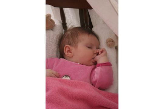 Chambre Bébé Une Chanson Douce : Une chanson douce chut bébé dort journal des femmes