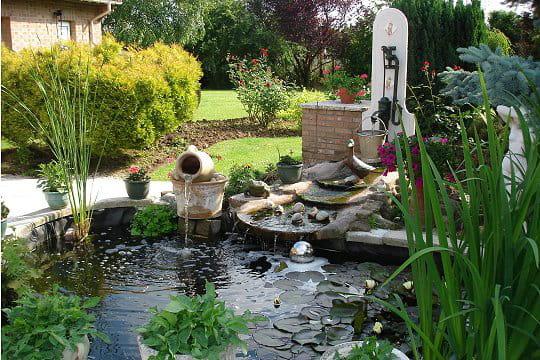 Un bassin tr s tendance les plus beaux bassins journal des femmes - Deco bassin de jardin ...