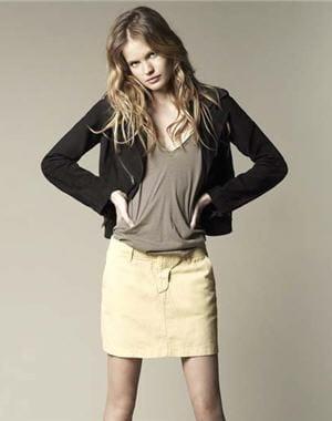 http://www.journaldesfemmes.com/mode/robe-jupe/20-jupes-printemps-ete-2010/image/jupe-beige-ba-sh-581347.jpg