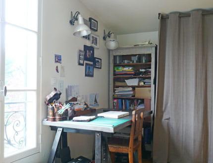 un bureau sobre et fonctionnel la maison de julie. Black Bedroom Furniture Sets. Home Design Ideas