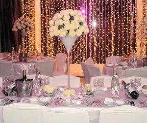 Ambiance romantique chic le rose l 39 honneur 12 d corations de mariag - Deco mariage baroque chic ...