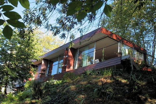 dix maisons d 39 architecte 100 000 euros journal des femmes. Black Bedroom Furniture Sets. Home Design Ideas
