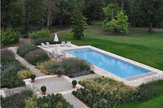 un bassin de nage pour les plus sportifs des piscines de. Black Bedroom Furniture Sets. Home Design Ideas