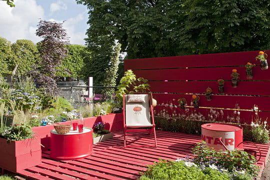 Une terrasse recycl e des id es design pour le jardin for Decoration terrasse
