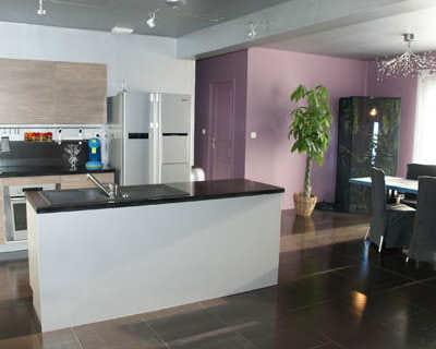 Vos cuisines ouvertes journal des femmes for Decoration salon et cuisine