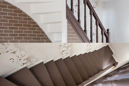 un escalier bicolore une maison 1930 relook e du sol au plafond journal des femmes d coration. Black Bedroom Furniture Sets. Home Design Ideas