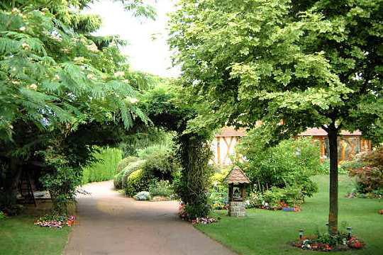 Le jardin normand de mich le vos plus beaux jardins en for Le jardin normand