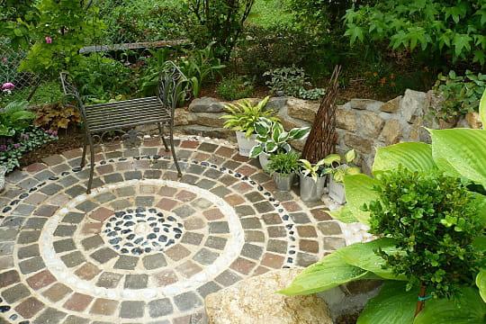 L 39 escarpement de cauchemar devient une courette de r ve le jardin des grandes vignes d 39 anne - Le jardin des grandes vignes ...