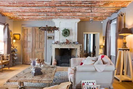 Decoration Balcon Ferme : Un salon au style campagnard impressionnante renaissance