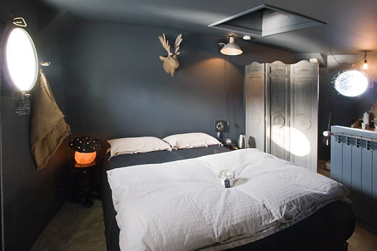 refaire enti rement une chambre d 39 ado. Black Bedroom Furniture Sets. Home Design Ideas