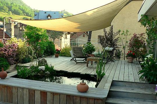 La terrasse au dessus des toits terrasse couverte les - Couvrir un toit terrasse ...