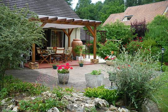 la terrasse demi couverte terrasse couverte les exemples imagin s par les lecteurs. Black Bedroom Furniture Sets. Home Design Ideas