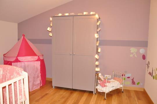 La chambre de la petite fille for Petite chambre fille