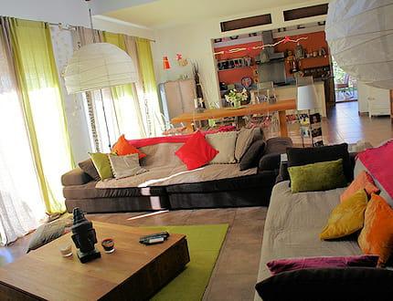 Ambiance ethnique et color e visitez la maison d 39 alexandra journal des femmes La cloison magnifique le coin salon