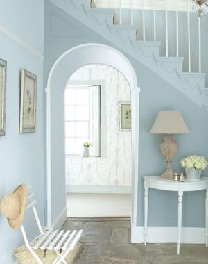 Peinture bleu clair de little greene et si on rafra chissait ses murs journal des femmes - Peinture bleu clair ...