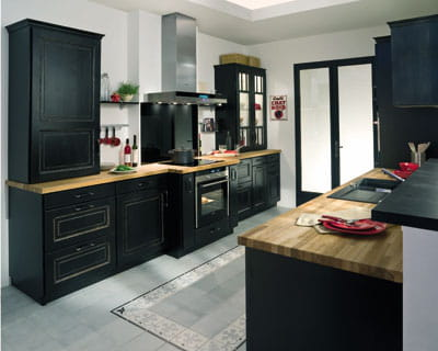 cuisine bistro noir vieilli de lapeyre. Black Bedroom Furniture Sets. Home Design Ideas
