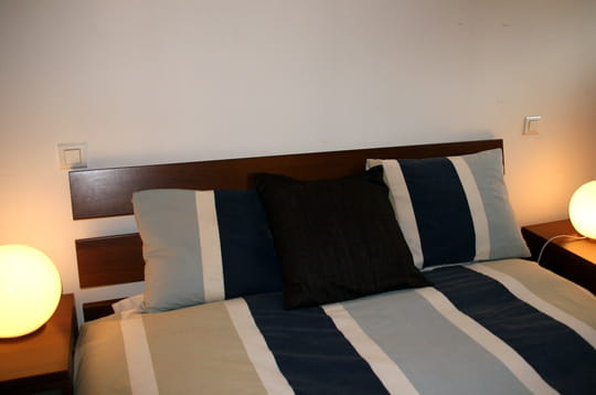 la chambre d 39 amis. Black Bedroom Furniture Sets. Home Design Ideas