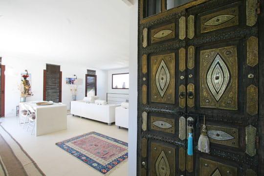 Esprit oriental des portes originales et styl es for Decoration porte orientale
