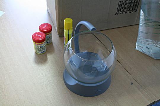 un mini aquarium design le tetra betta bowl avoir un aquarium au bureau le test journal. Black Bedroom Furniture Sets. Home Design Ideas