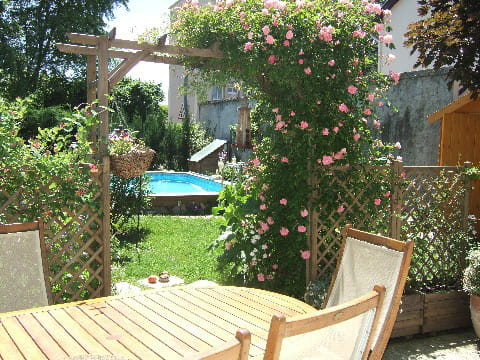 entrez dans le jardin le jardin champ tre de marisa journal des femmes. Black Bedroom Furniture Sets. Home Design Ideas