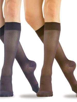 des chaussettes de contention aussi jolies jambes lourdes des produits qui vous soulagent. Black Bedroom Furniture Sets. Home Design Ideas