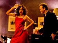 valéria golino et vincent perez qui dansent.