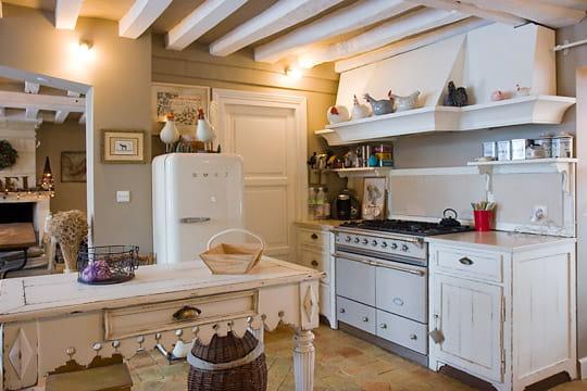 d cor d 39 antan des cuisines comme on en r ve journal des femmes. Black Bedroom Furniture Sets. Home Design Ideas