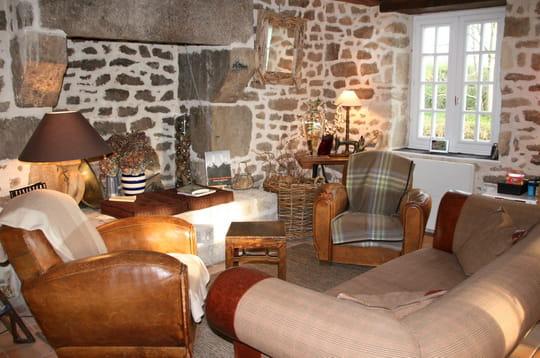 le charme de la pierre. Black Bedroom Furniture Sets. Home Design Ideas