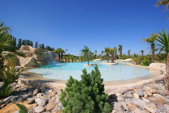 Une aosis en suisse des piscines de r ve pour buller cet for Reve bleu piscine