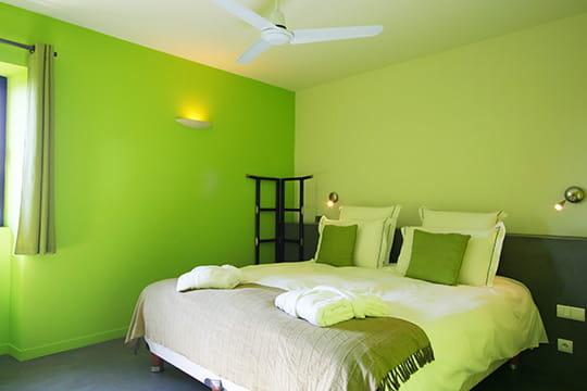 Chambre marron et vert pomme - Chambre vert et gris ...
