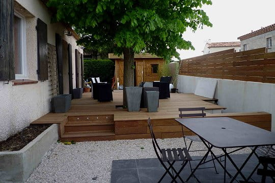 Les terrasses ont t install es am nagement de for Decoration petit jardin terrasse